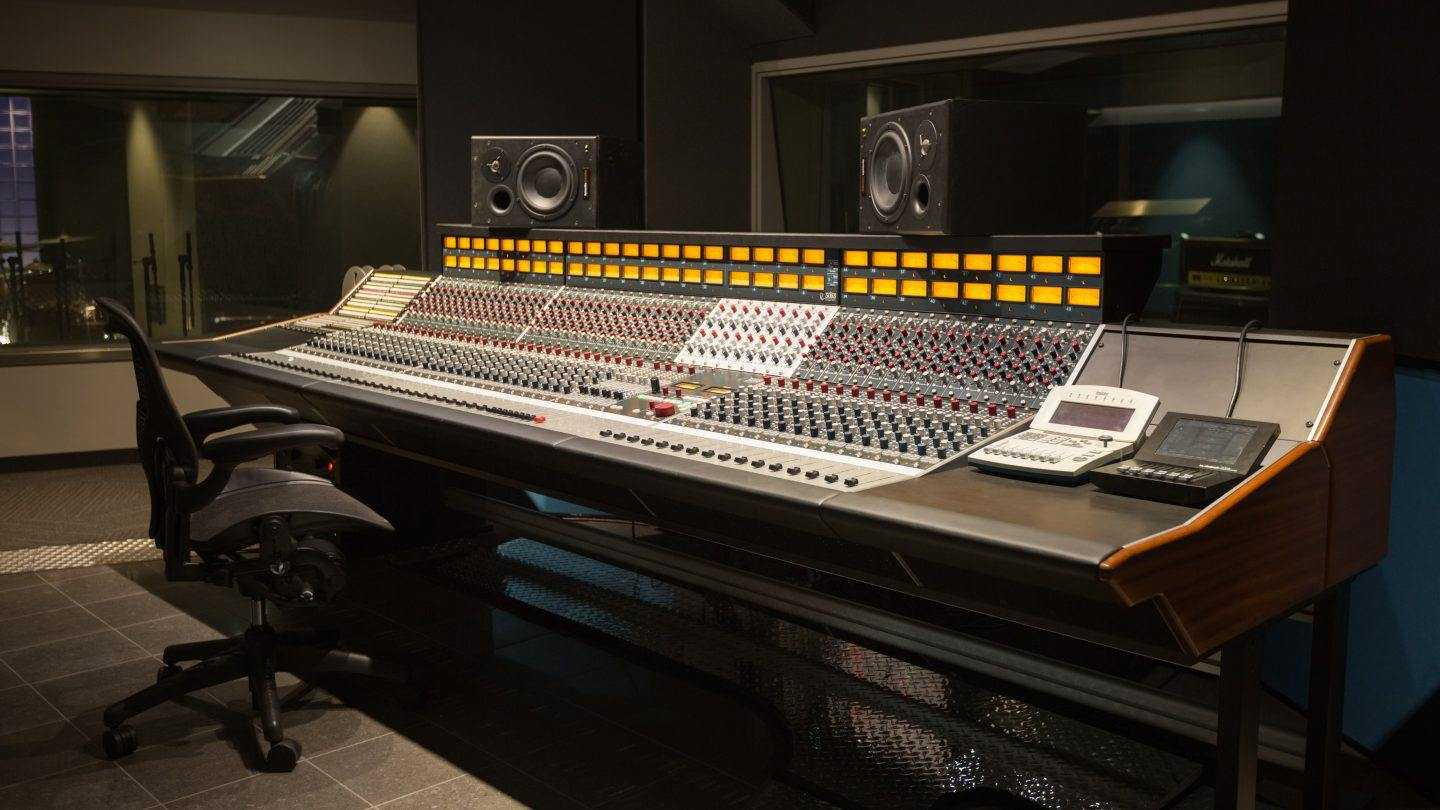 Full Sail University Installs Rupert Neve Designs 5088 Console - Hero image